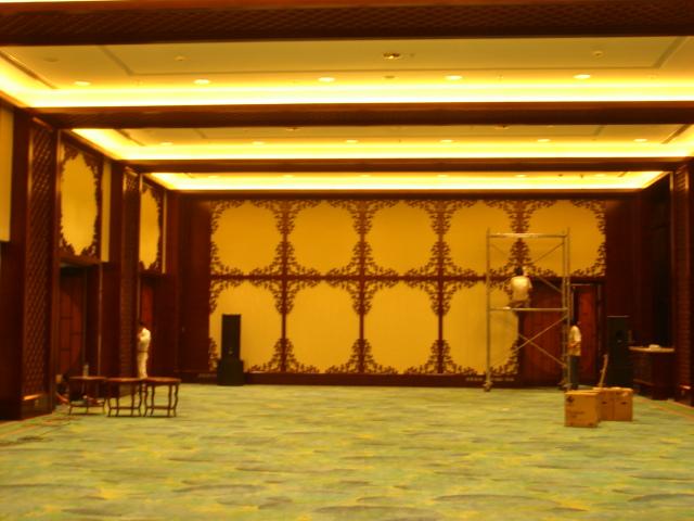 香格里拉酒店餐厅木饰面